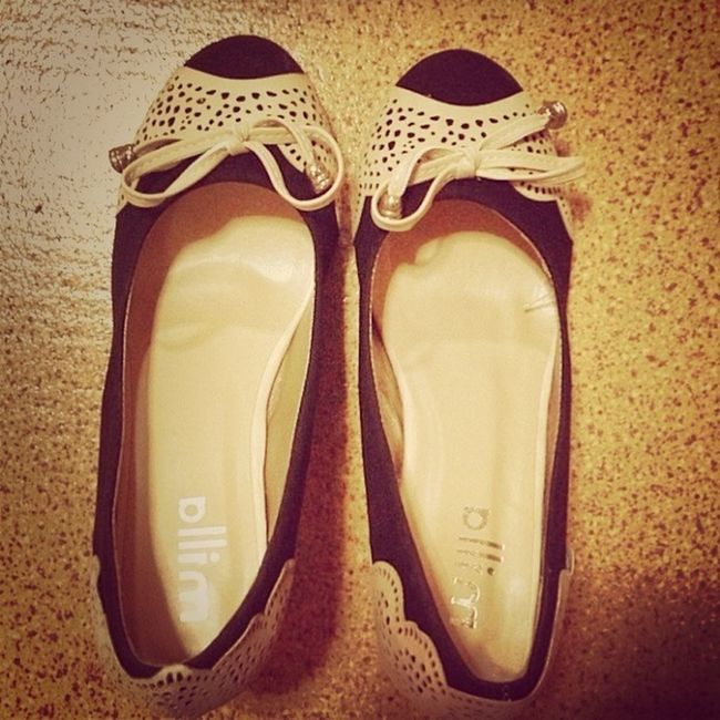 me likes buy. shoes a beautiful is very much !