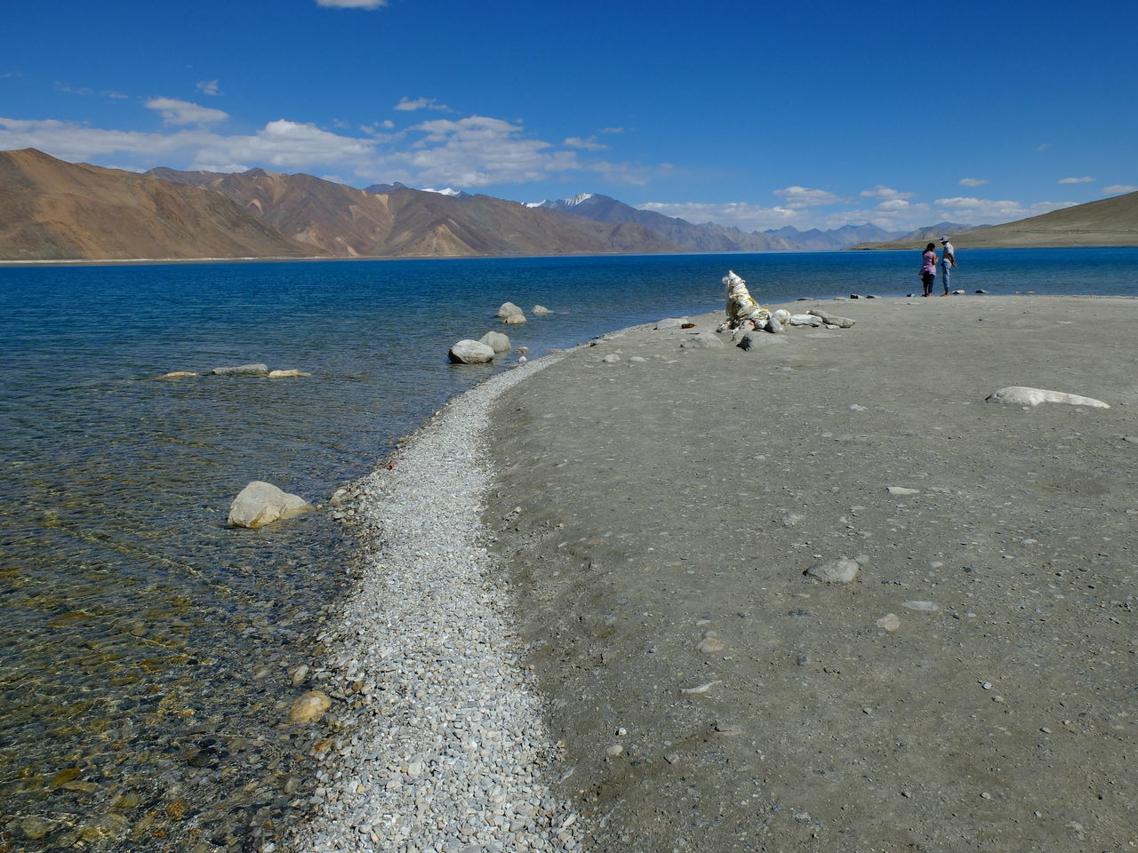 Beauty In Nature Day Jammu And Kashmir Landscape Leh Ladakh Mountain Nature Outdoors Pangong Lake Pangong Tso Pangonglake People Sky