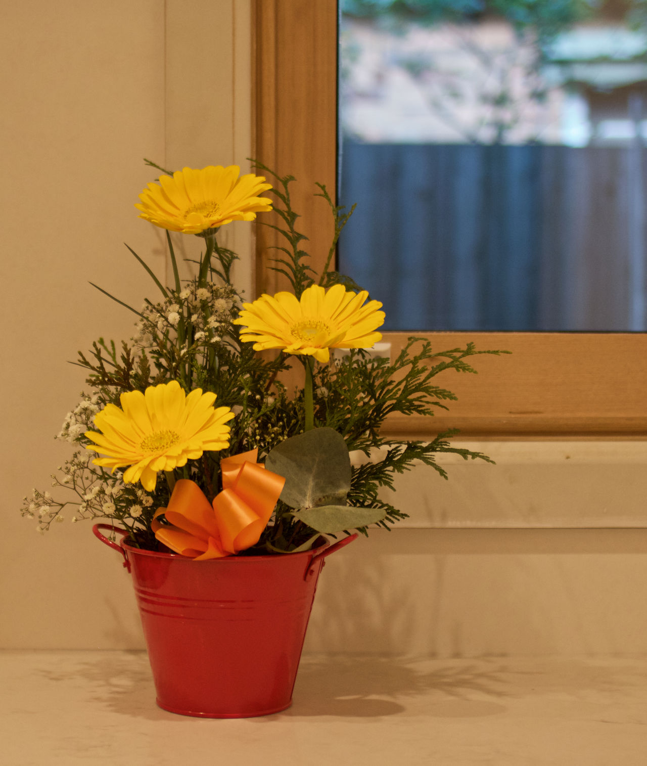Beauty In Nature Bench Bench Top Close-up Day Flower Flower Head Flowers Fragility Freshness Growth Home Interior Indoors  Indoors  Nature No People Petal Plant Potted Plant Still Life Table Vase Warm Yellow Yellow Flowers