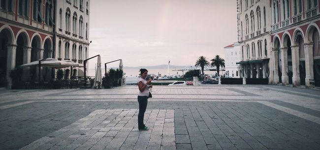 Last man standing Ultraeurope 72hultraeurope2014 Lastmanstanding Architecture The Street Photographer - 2015 EyeEm Awards