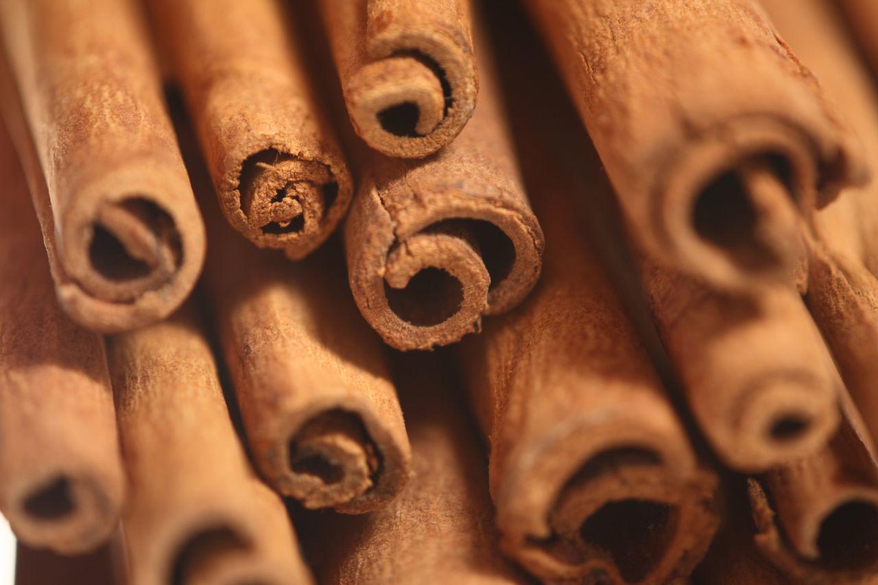 Full Frame Shot Of Cinnamon Sticks