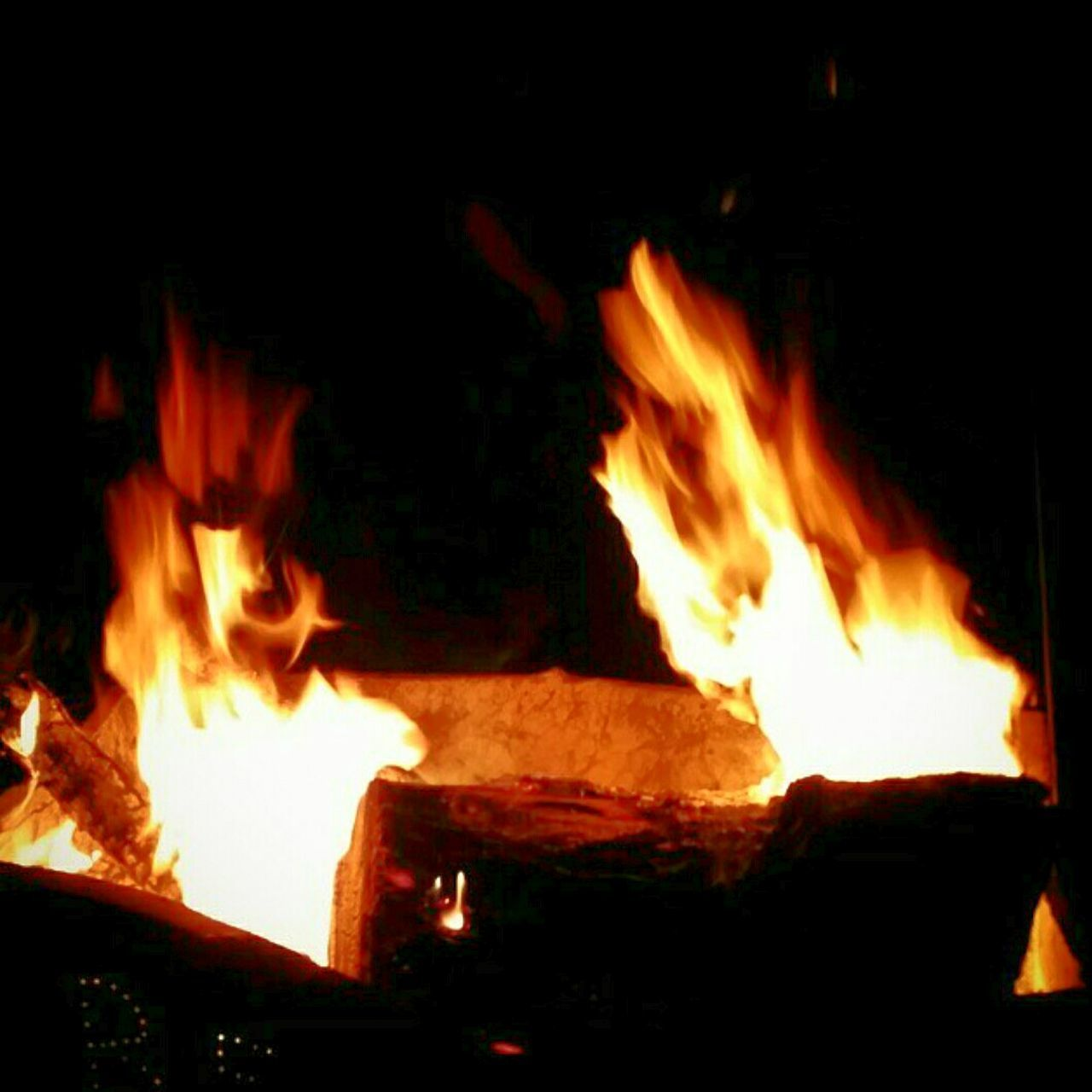 Ending my night with a bombfire. Bombfire EyeEm Best Shots Enjoying Life Eye4photography  California Love Hi! Taking Photos Night Life Nightphotography Nightshot