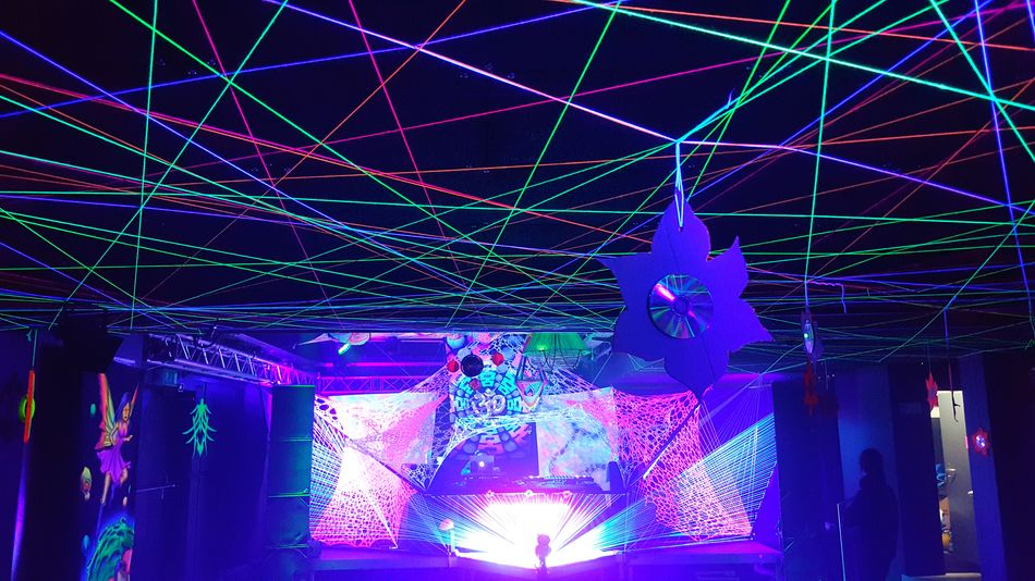Black Cube Invasion Black Cube Invasion Rave Partydecorations Psychedelicart Stringart Trippyart Psychedelictrance Goa Party