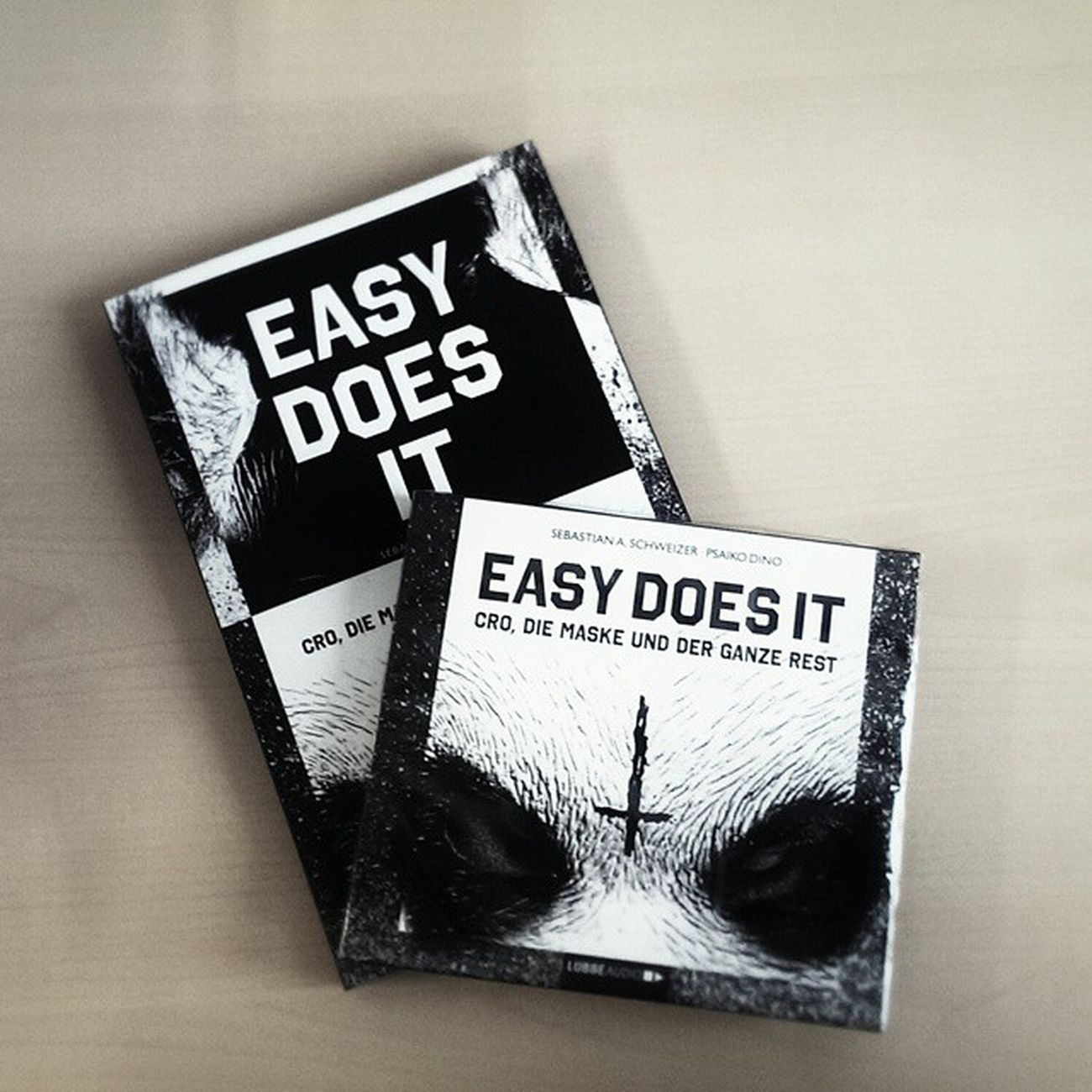 Easy does it! Chimperator Cro Psaikodino Stuttgart 0711 Berlin releaseday stuggi hiphoplebt hiphop Musik music Rap Bw