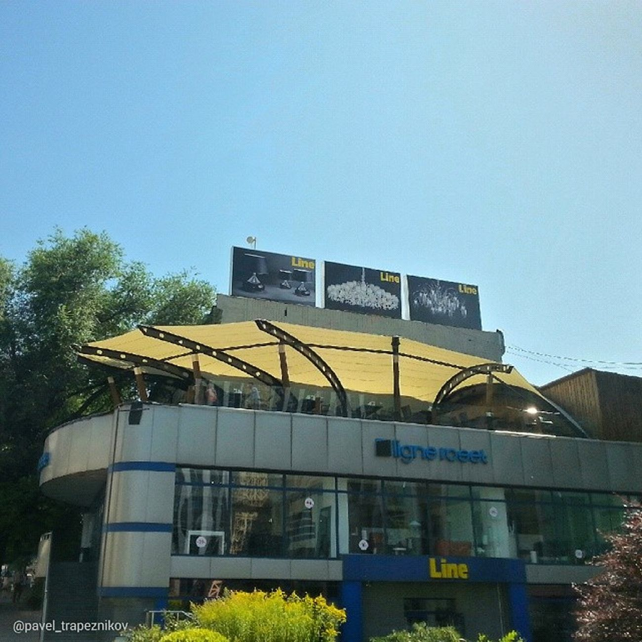 """20140731 , Казахстан , алматы . ресторан  """"LineBrew"""". Терраса/ Kazakhstan, Almaty. Restaurant """"Line Brew"""". Terrace."""
