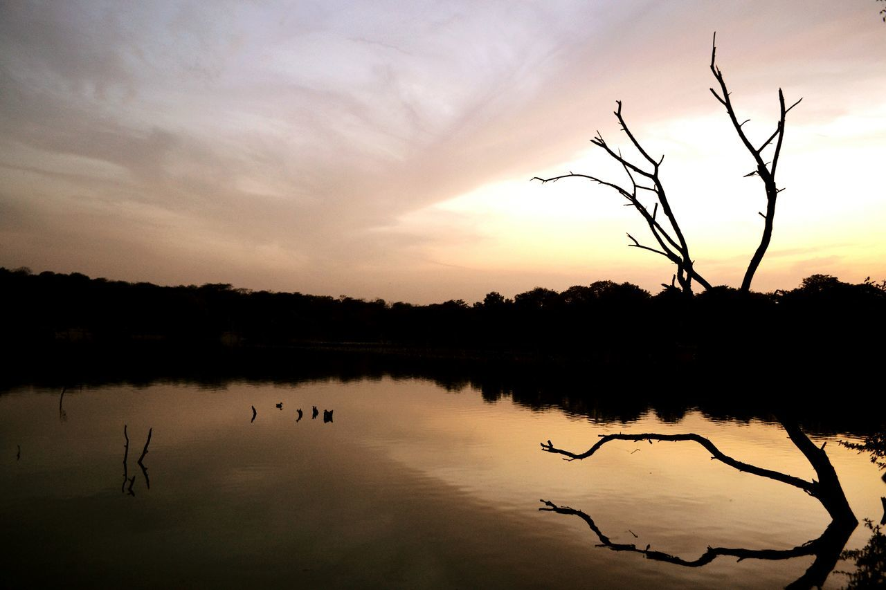 Sunset at Hauz Khas Village New Delhi India. Sunset Outdoor Photography Lake Lake View Hauzkhasvillage