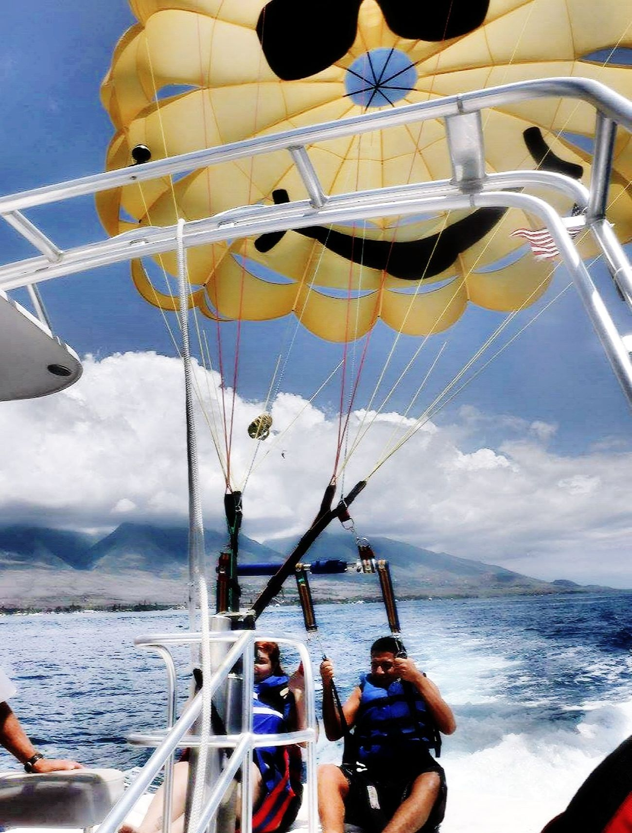 Nephew ♥ Hawaii Life 808  Parasailing Amazing Experience Beach Photography