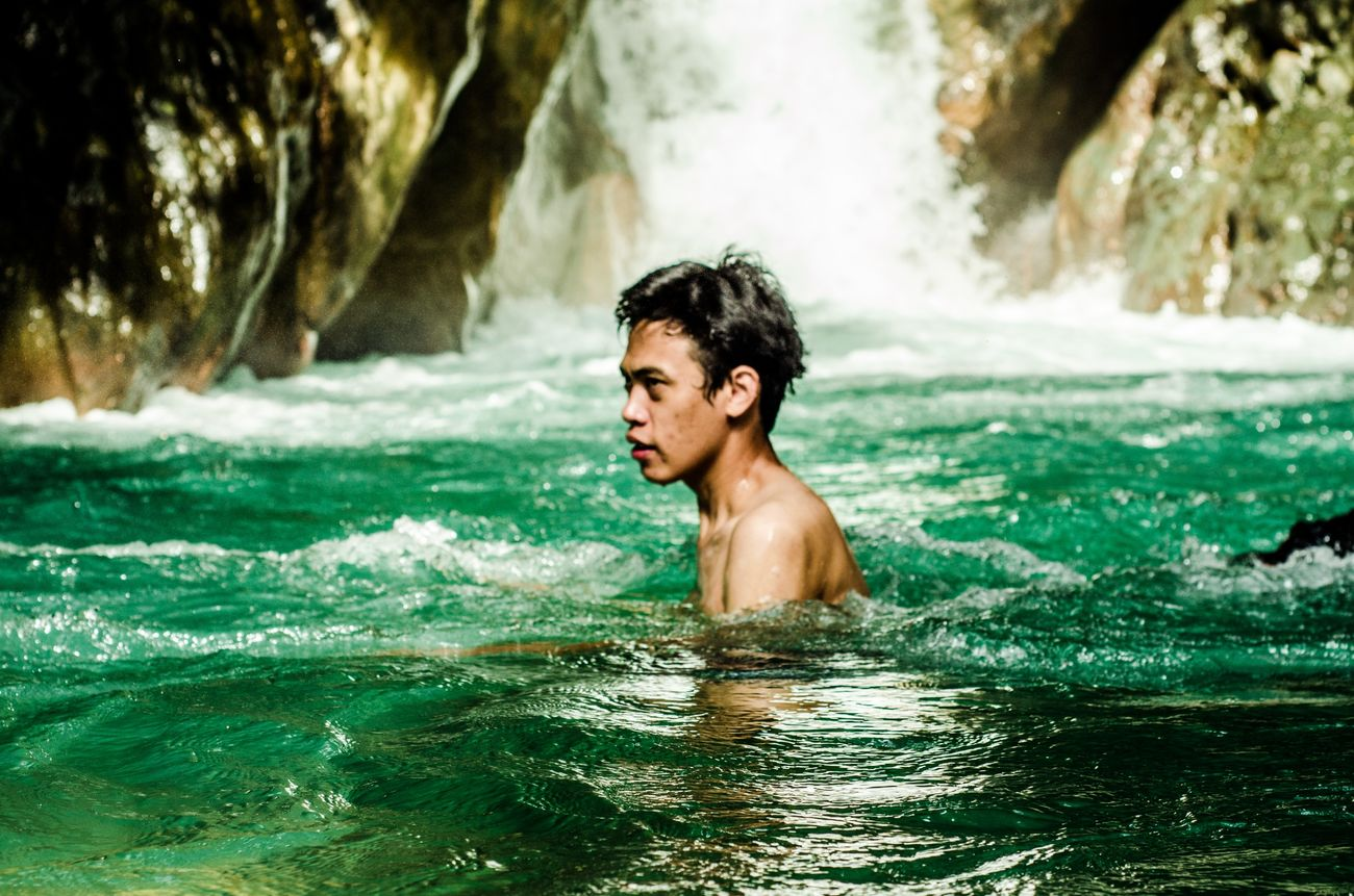 Swimming Candid Photography Potrait Green Green Green!