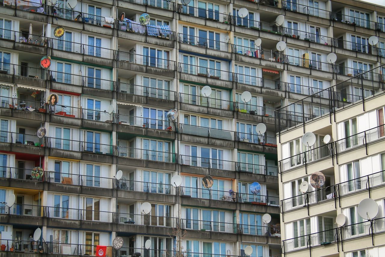 Beautiful stock photos of glas, Apartment, Architectural Feature, Architectural Style, Architecture