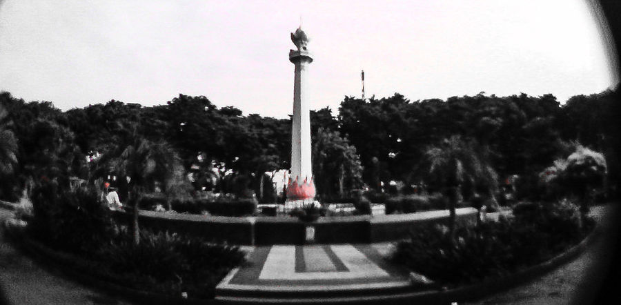 "Alun""Gresik city Fish Eye Lens Black & White Happy Thanksgiving"