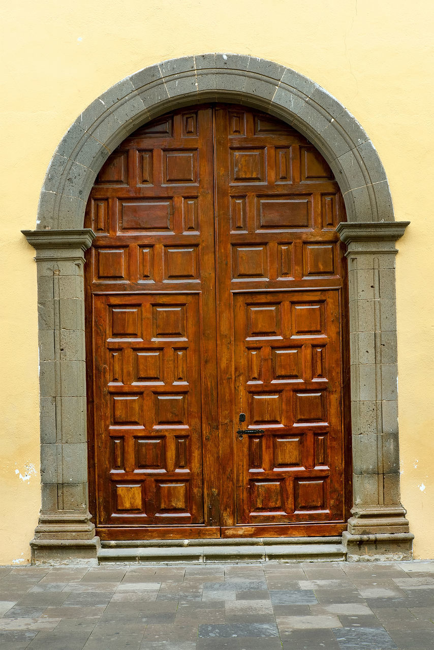 door, architecture, built structure, entrance, building exterior, outdoors, wood - material, day, no people, brown, doorway, yellow, close-up