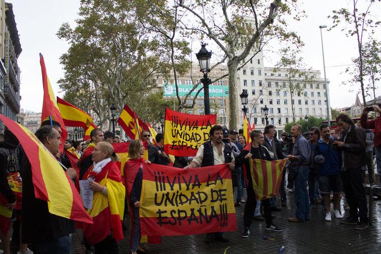 Referendum na Catalunya 1deout 1oct Force Patriotism Catalunyaindependent Catalunyareferendum España Police Referendum Referendumcatalunya Separatism