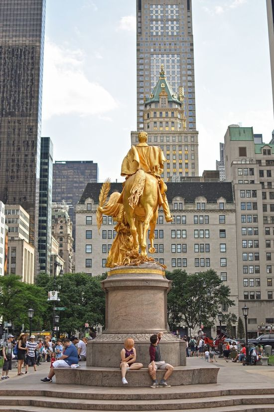 Statue Architecture Built Structure Sculpture Travel Destinations Building Exterior Tourism City Human Representation Travel Monument City Life Sky Arts Culture And Entertainment Day Gold Colored Outdoors Large Group Of People People 59st 59street Manhattan