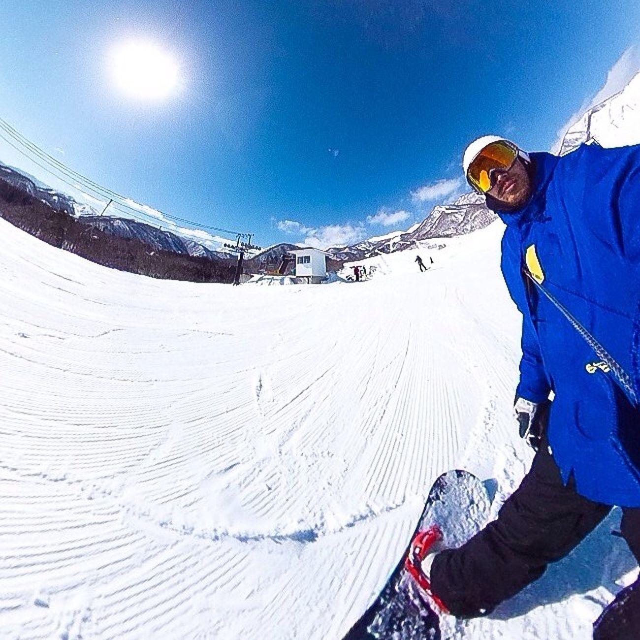 ピーカン!ひゃっほぅ! 白馬 栂池高原スキー場 Snowboarding