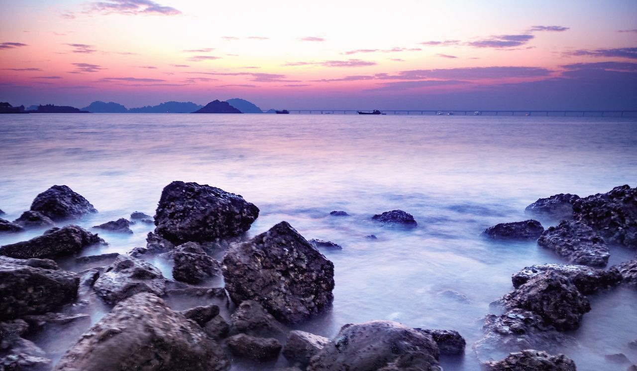 Bed of rock scene Sunset Sea Rock - Object Sky Nature Beach Water Beauty In Nature Tranquil Scene Tranquility Scenics Outdoors Horizon Over Water Cloud - Sky No People Silence Day Zhuhai China Seascape Sea And Sky Sea_collection Sea View Bridge