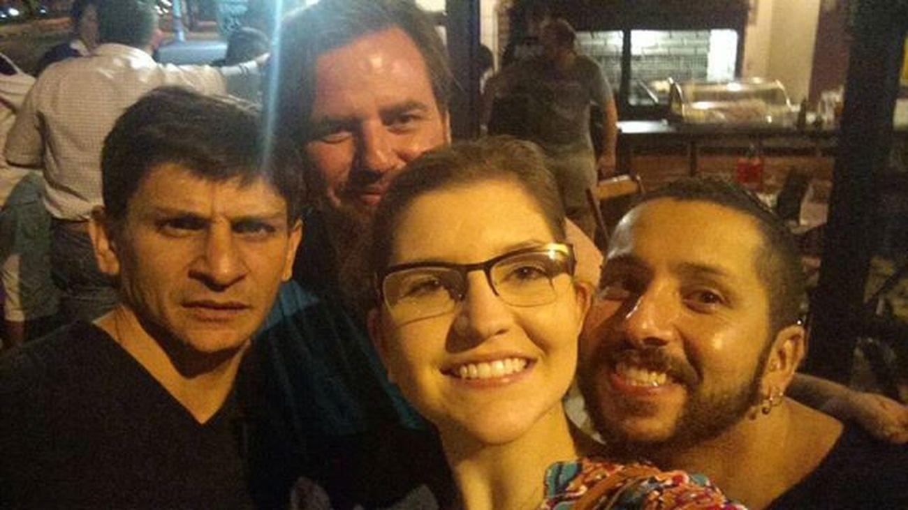 Vamos recolher oq sobrou do findis... Instagram Amigos Buteco Bar Calango Baregaleteriacalango Bebedeira Conversafiada Saudades
