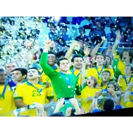 Brasil sil siiiil !!!! S2 TetraCampeao CopadasConfederacoes Ocampeaovoltou Orgulho Brasil Amor