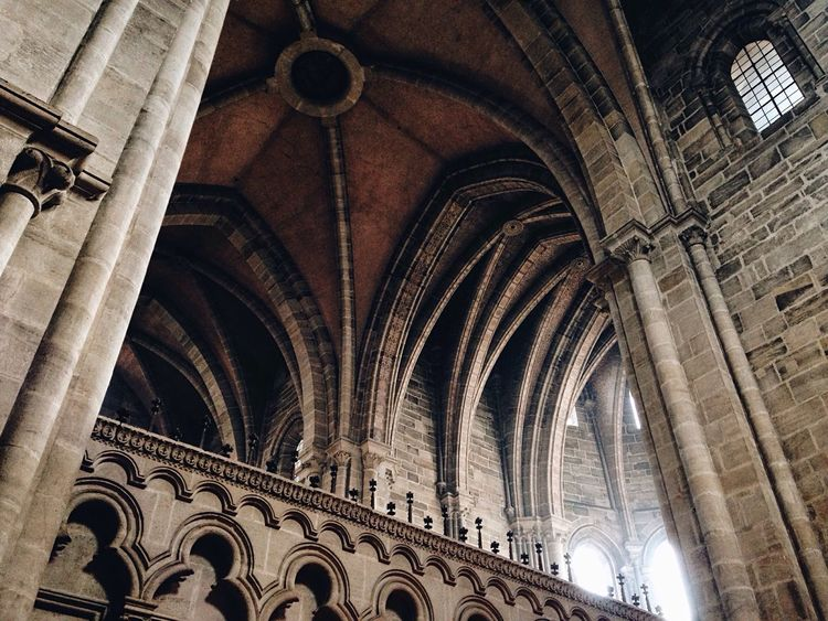 Architecture The Architect - 2016 EyeEm Awards Church Cathedral Built Structure Building Gothic Architecture_collection Architectural Detail Detail Low Angle View Indoors  Europe Geometry Geometric Shapes Old Religion Traveling City Pattern Middle Ages View Perspective Space The Secret Spaces Neighborhood Map