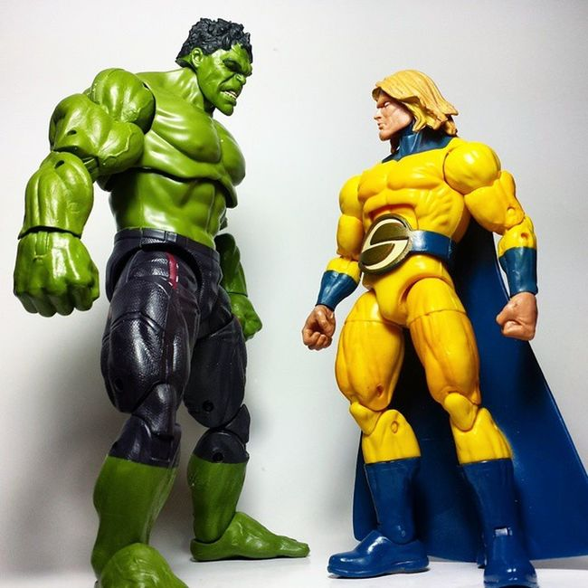 """Golden man....."" Marvel Marvellegends Marvelcomics Sentry Thesentry Thehulk IncredibleHulk Hulk Toys Toyphotography Toypizza Toysarehellasick Toycollector Toycommunity Toycollection Disney Actionfigure"
