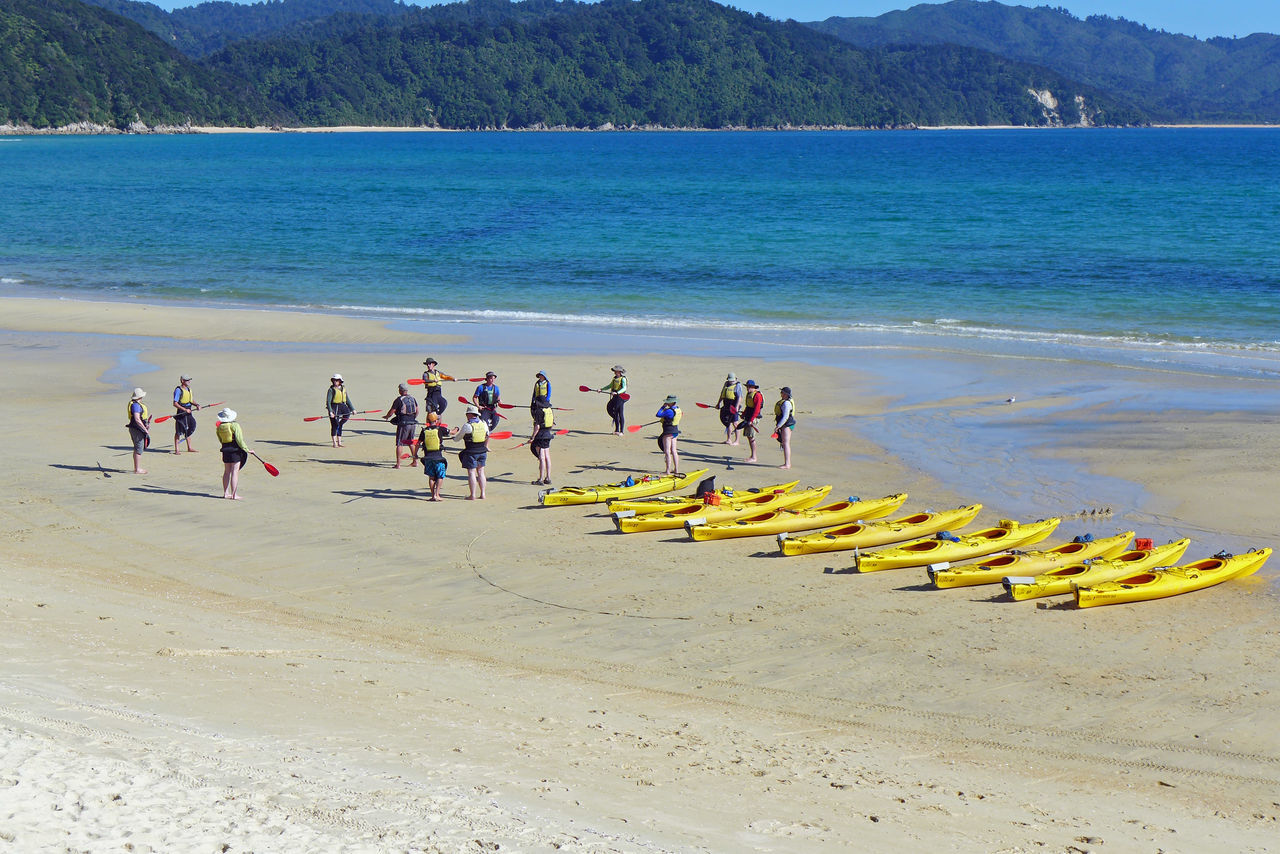 Abel Tasmin National Park Beach Canoes Large Group Of People New Zealand Outdoors Water