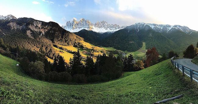 Mountain Mountain Range Nature Landscape Beauty In Nature Panoramic Scenics Tranquil Scene Tree Green Color Tranquility No People Grass Outdoors Sky Day Horizontal funes Built Structure Yellow Clear Sky House Nature Tree