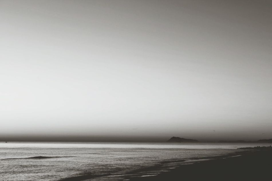Amanecer en la playa del Saler. Sunrise Monochrome Quiet Moments Long Exposure