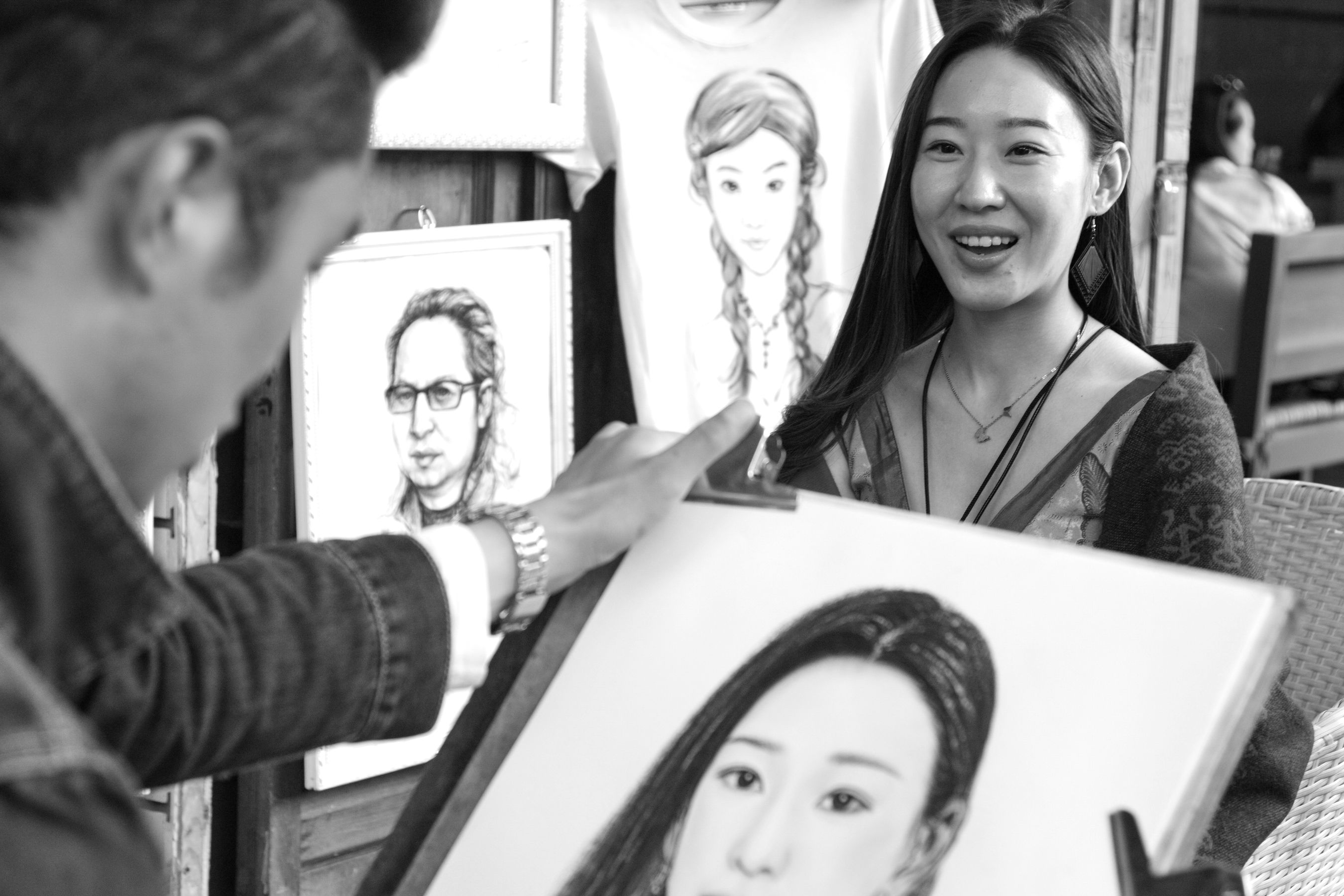 Beauty Chinese Portrait Everyday Joy Painting Portrait Smiling Street Art Street Artist Street Life Young Women