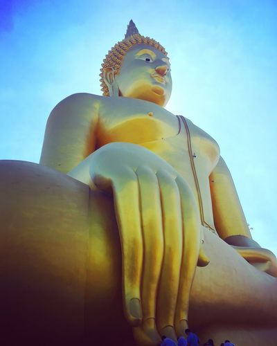 Big Buddha Statue Religion Low Angle View Spirituality Sculpture Golden Color Idol No People Sky Clear Sky Day Close-up