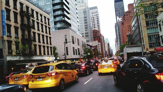 Thursday Earlier Evening Midtown Manhattan