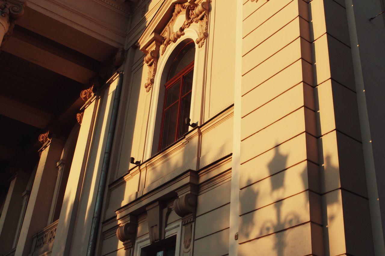 Architecture Building Exterior Window Shadow Streetlight Shadow Ethereal Oradea,România