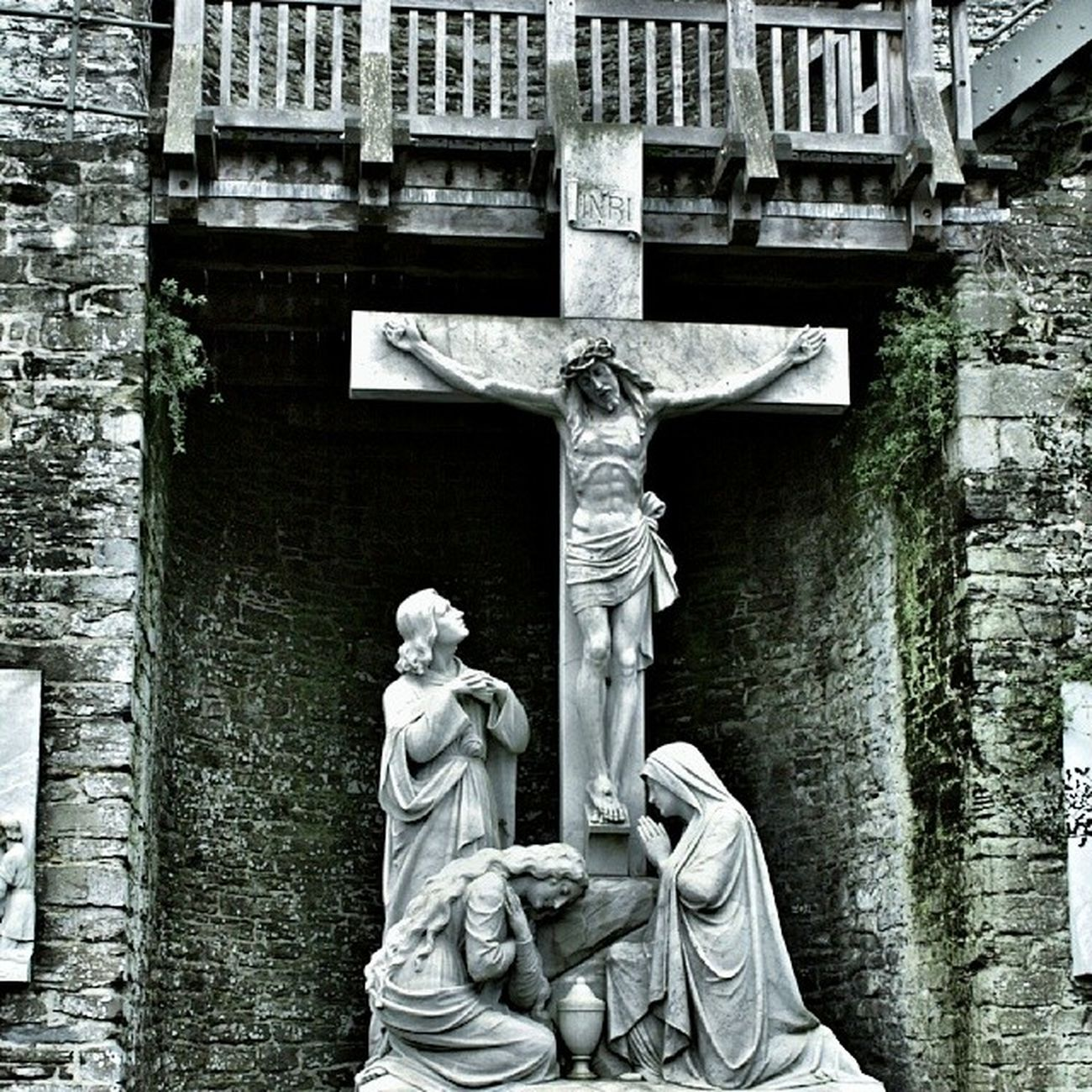 Conwy Wales Saint Michaels catholic church jesus snapseed instapic 365cz fmcz amen crucifix photo drama effect grey