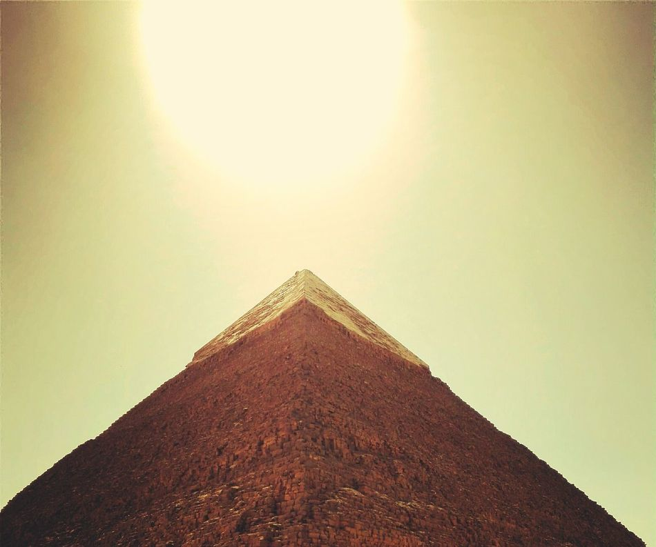 Wall - Building Feature Corner Geometric Shape Egypt Pyramid Worldwonder Bigsun Physical Geography Corner Wall - Building Feature Brown Geometric Shape Sky Full Frame Tranquility Modern No People Physical Geography