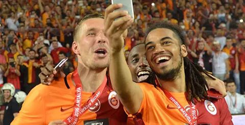 GALATASARAY ☝☝ Galatasaray Sevdası😍 Galatasaray Cimbom 💛❤️ Lucas Podolski💛❤ Jason Denayer💛❤