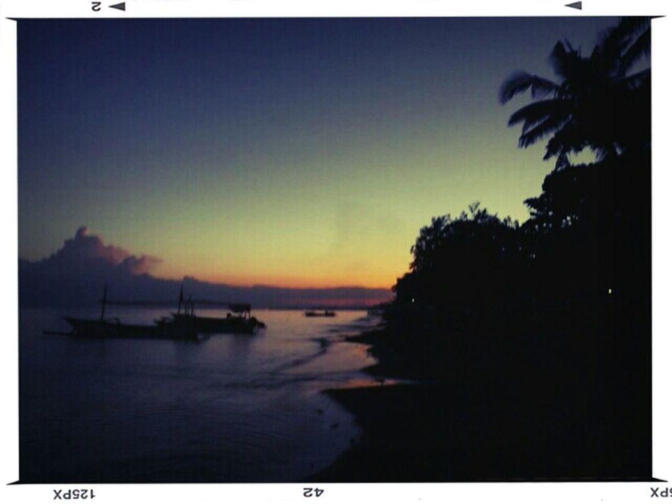Dawn at the beach Sky_collection Bali Beach Skyporn Sunset #sun #clouds #skylovers #sky #nature #beautifulinnature #naturalbeauty #photography #landscape