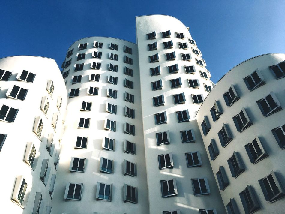 Building Exterior Architecture Built Structure Low Angle View City Window Office Building Skyscraper Tall - High Düsseldorf Am Rhein Düsseldorf Clear Sky People And Places. Hafen Düsseldorfer Hafen Repetition Building Story Building Clear Sky Tower Apartment Day City Life Sky Façade