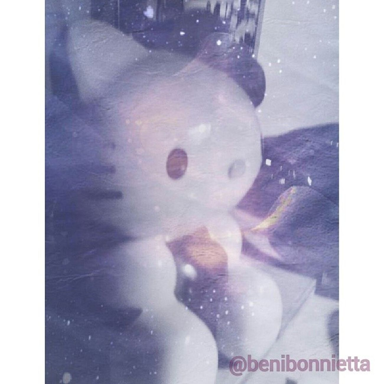 I'm #bored. Here's #myedit of a #hellokitty #bubbleblower. Bored Editing Galaxy KAWAII Hellokitty MyEdit Bubbleblower Hellokittyjunkie