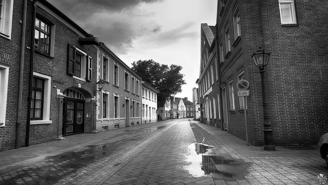 Black & White Bw_collection Cityscapes Monochrome On The Way Streetphoto_bw Streetphotography Ostfriesland Leer (Ostfriesland)