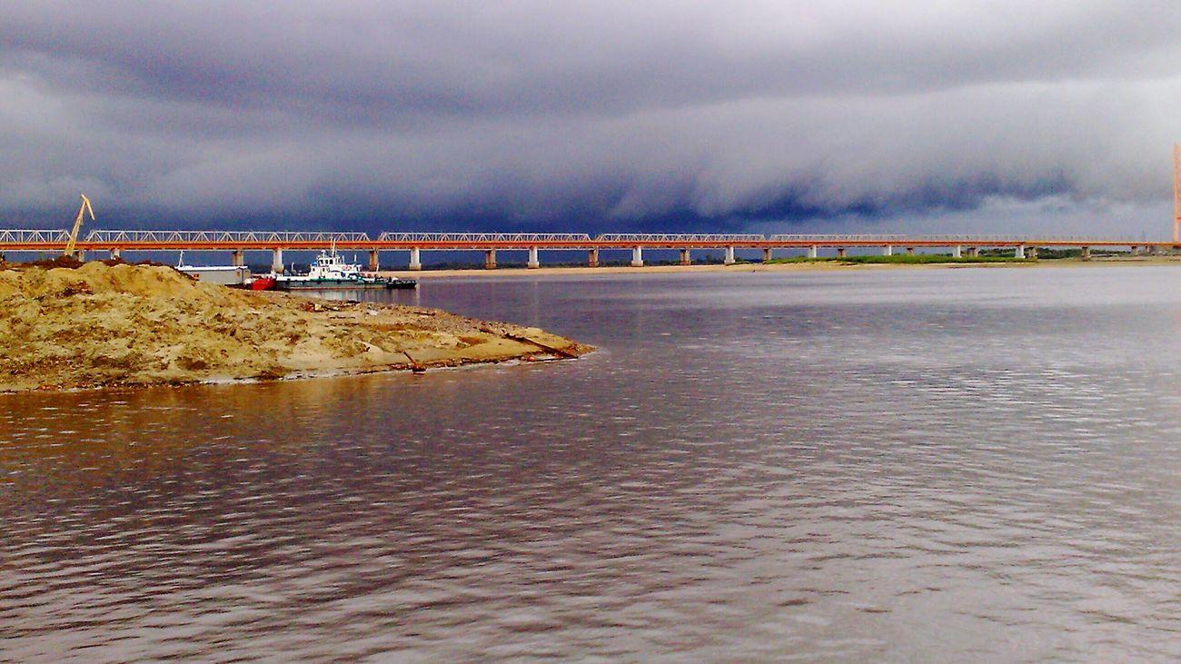 Россия Сургут работа пред ураганом мост безфильтра