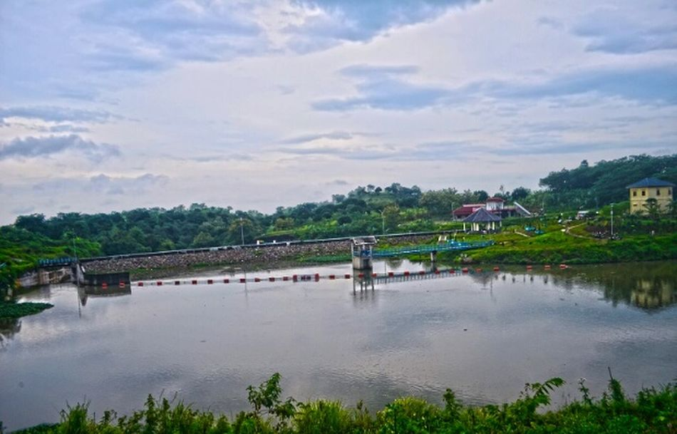 The City Light Outdoors Beauty Cloud EyeEmNewHere Nature Nature Photography HDR Hdrphotography Nikon Nikonphotography INDONESIA Lanscape Lanscape Photography Cloudy Sky Photographer Photography No People Sky