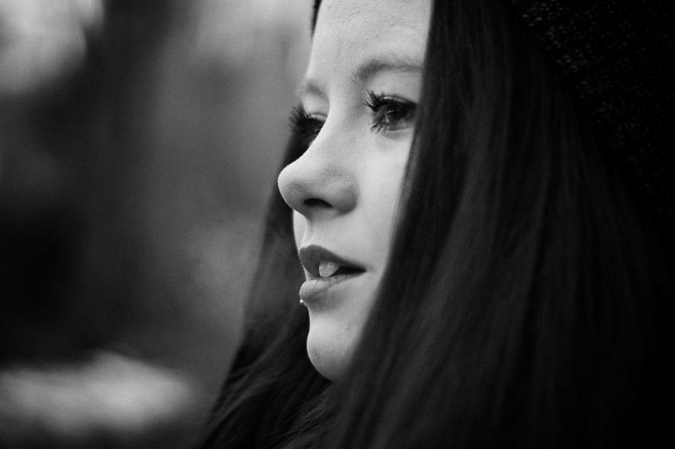 First Eyeem Photo Shady Girlfriend Mysthical Girl Sony A58 Portrait Smoking Alpha58 Bokeh Forest Trees Blackandwhite Blackandwhite Photography