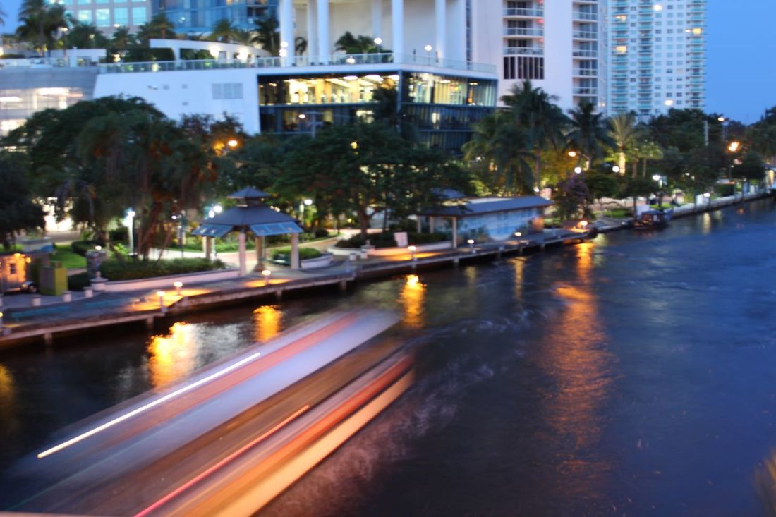 Water taxi light trails Illuminated Transportation Blurred Motion Speed Motion Built Structure Building Exterior Architecture Long Exposure Road City Light Trail Night Street On The Move Traffic Dusk Mode Of Transport Lighting Equipment City Life