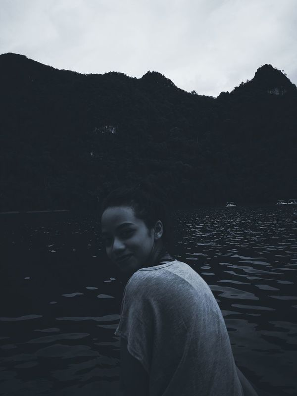 Young Women Lake Serenity Tranquil Scene Looking At Camera One Person Beauty In Nature Outdoors Nature Water Waist Up