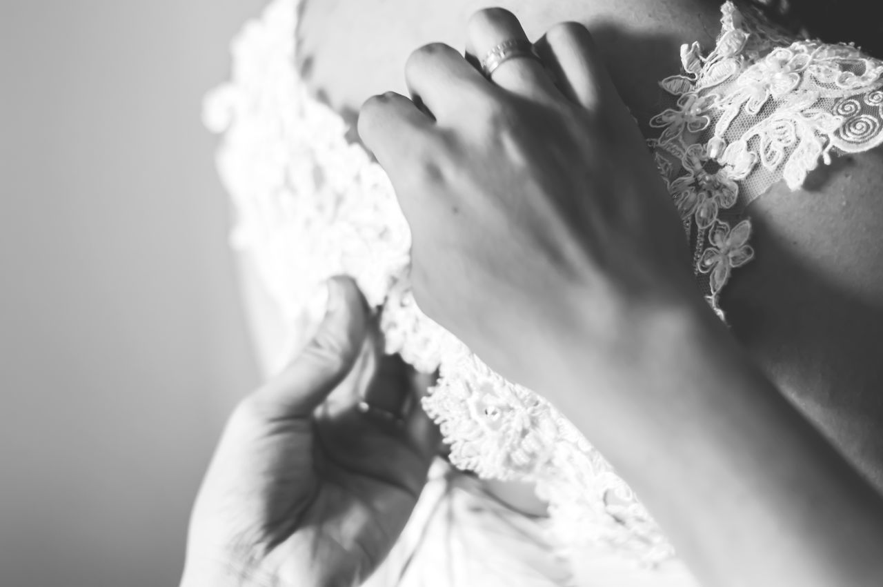 Art B&w Photography Beautiful Black And White Blackandwhite Box Bride Close-up Fashion Flowers Fun Groom Hands Heels Holding Joy Love Outfit Rings Wedding Wedding Details Wedding Photography