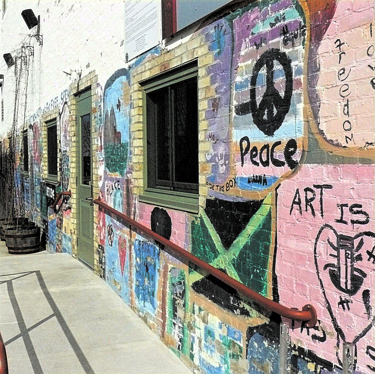 Pastel Power Wall Art Grafitti Graffiti Art Exspression Walkway Paths Peace ✌ Here Belongs To Me