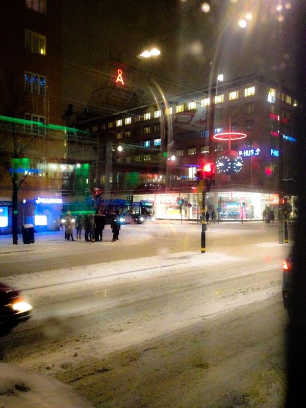 Snowy night, on the bus at Skanstull Eye4photography Stockholm Snow Night Lights