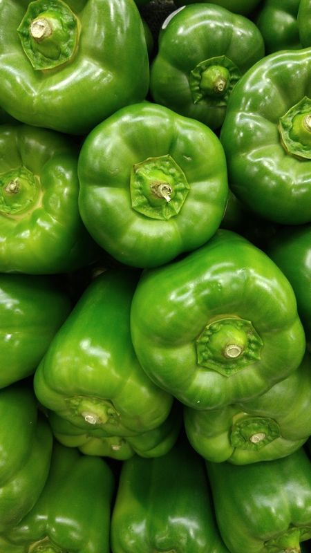 Bell Pepper Bell Peppers Vegatables Vegatable Fruits And Vegetables Produce Market Produce Display Produce Produce Department Salad Time Salad Vegetable Green Color Green Green Bell Pepper Green Bell Peppers