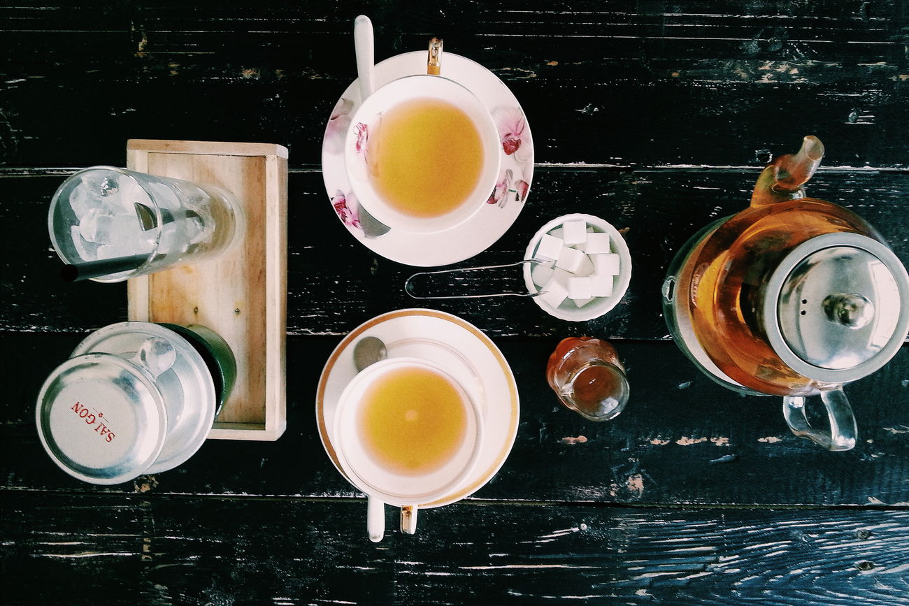 True love is when you are happy spending time together even if one of you is sleeping Teatime Breaktime Goodtimeswithgoodpeople Teatime Vintage Cup Teapot Tea Blackcoffee Fortwo Twoofus Relaxing Moments Dayofffromwork Enjoying Life Hottea Myphotolife