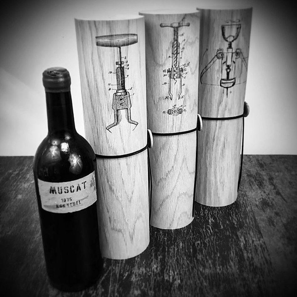 🌿Дуб🌿 редко используем в открытках. Но вот в тубусах для вина он шикарен🍷🍇☺ Flexiwood Tubus Winetube Oak Winebox