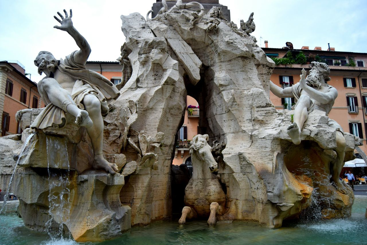 Italy🇮🇹 Roma Rome Fountain_collection Streetphotography Photography Exploring Sculpture Piazza Navona Monument Art And Craft Outdoors Statue Walk Creativity The Week Of Eyeem Marmol Newtalent Sculpture Mastery Human Representation Center Picoftheday Photographer Photooftheday Famous Place