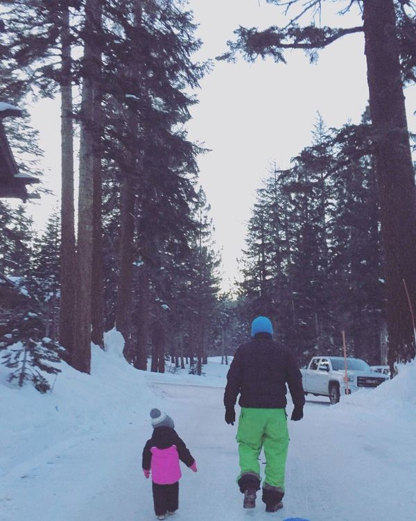 Mammoth Lakes It's Cold Outside Bundled Up California Father And Daughter Mammoth Mountain